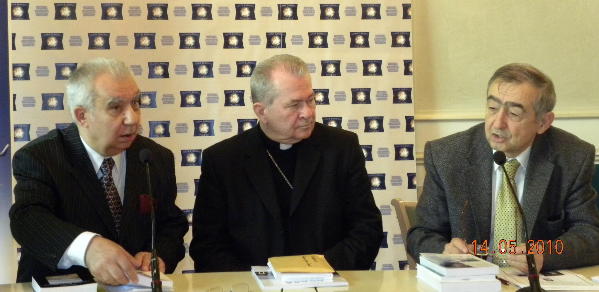 """Lansarea volumelor """"Sculaţi-vă, să mergem!"""" de Ioan Paul al II-lea și """"Ioan Paul al II-lea. Un papă sfânt"""" de Nicolae Mareş; Diplomaţie politică, spiritualitate, cultură de Nicolae Mareş"""