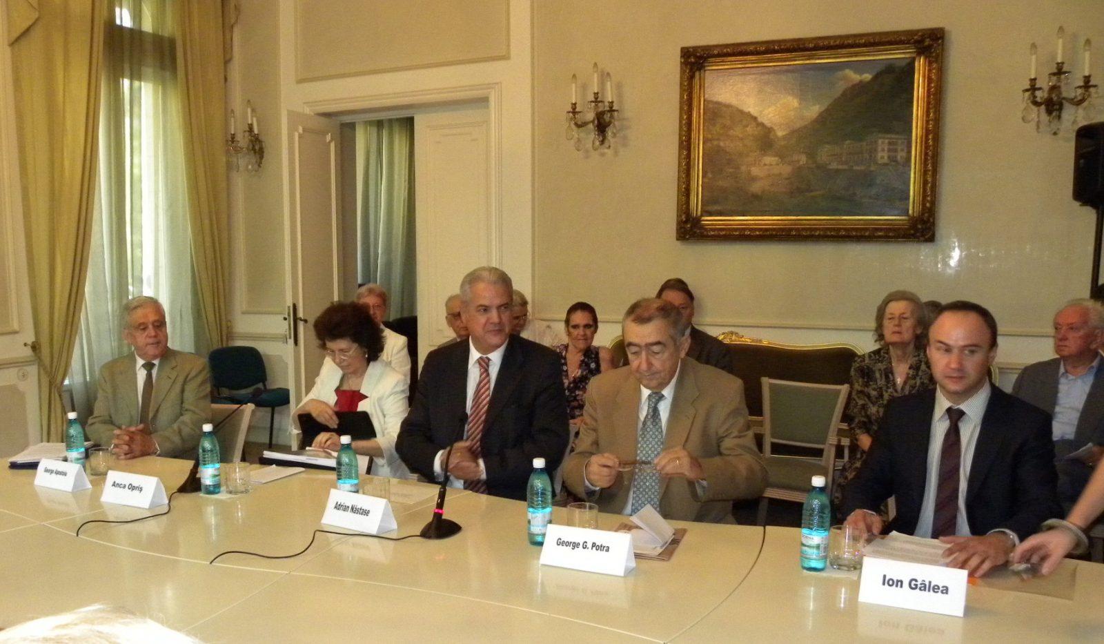 Orientări actuale în politica Franţei. Dialogul româno-francez de la Bucureşti