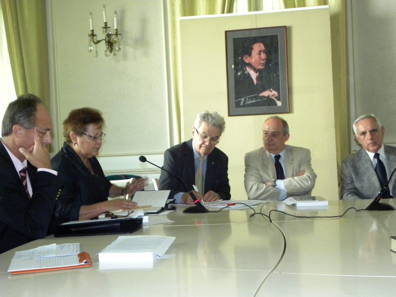 Masă rotundă cu grupul şefilor de misiune din ţările latino-americane, acreditate în România