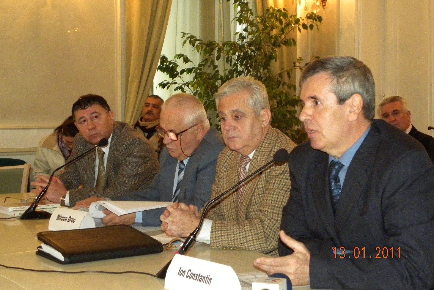 Evoluţii social-politice la Chişinău. Analize şi comentarii