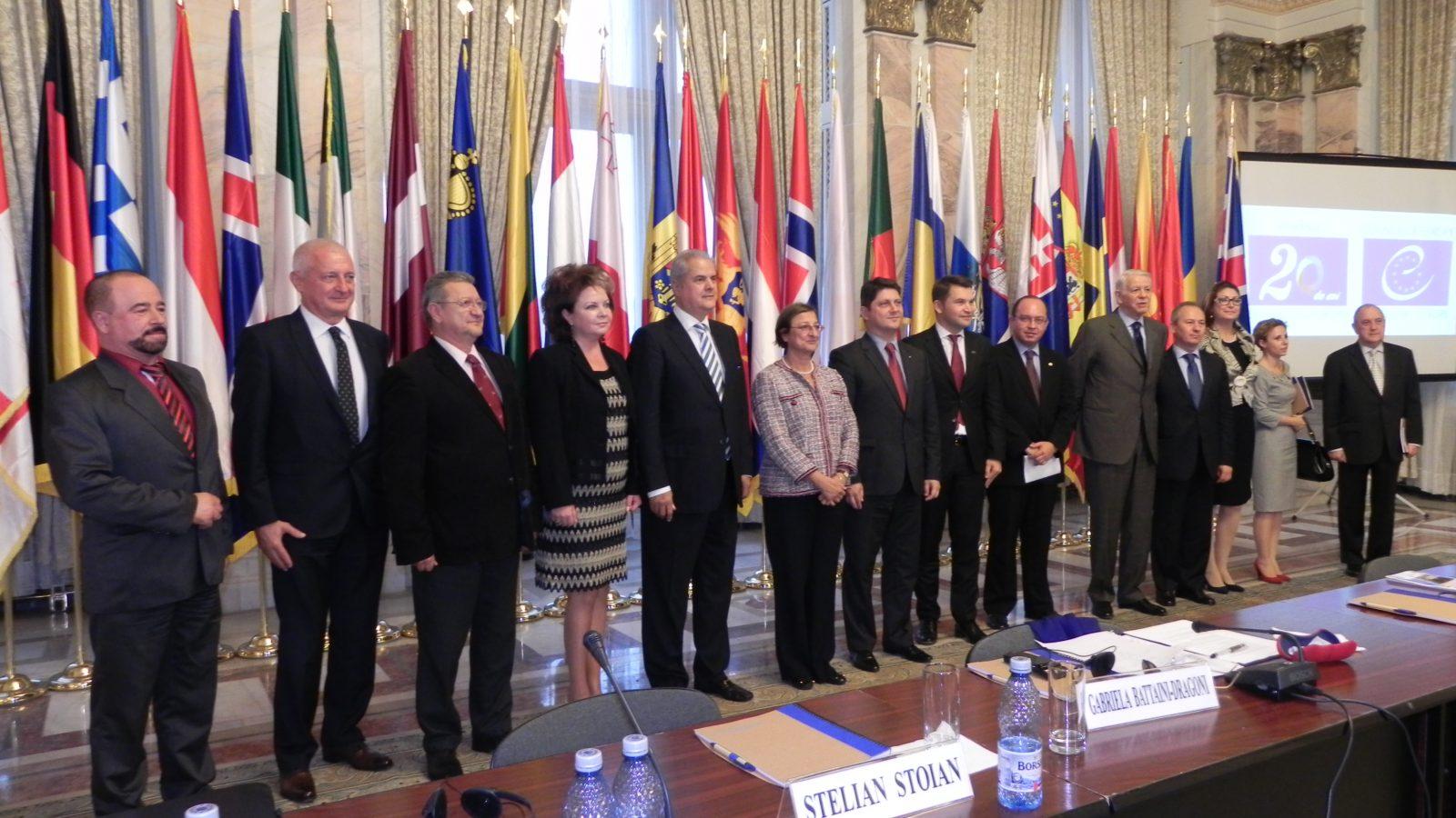 """Președintele FET, dl. Adrian Năstase, la seminarul aniversar """"România și Consiliul Europei"""""""