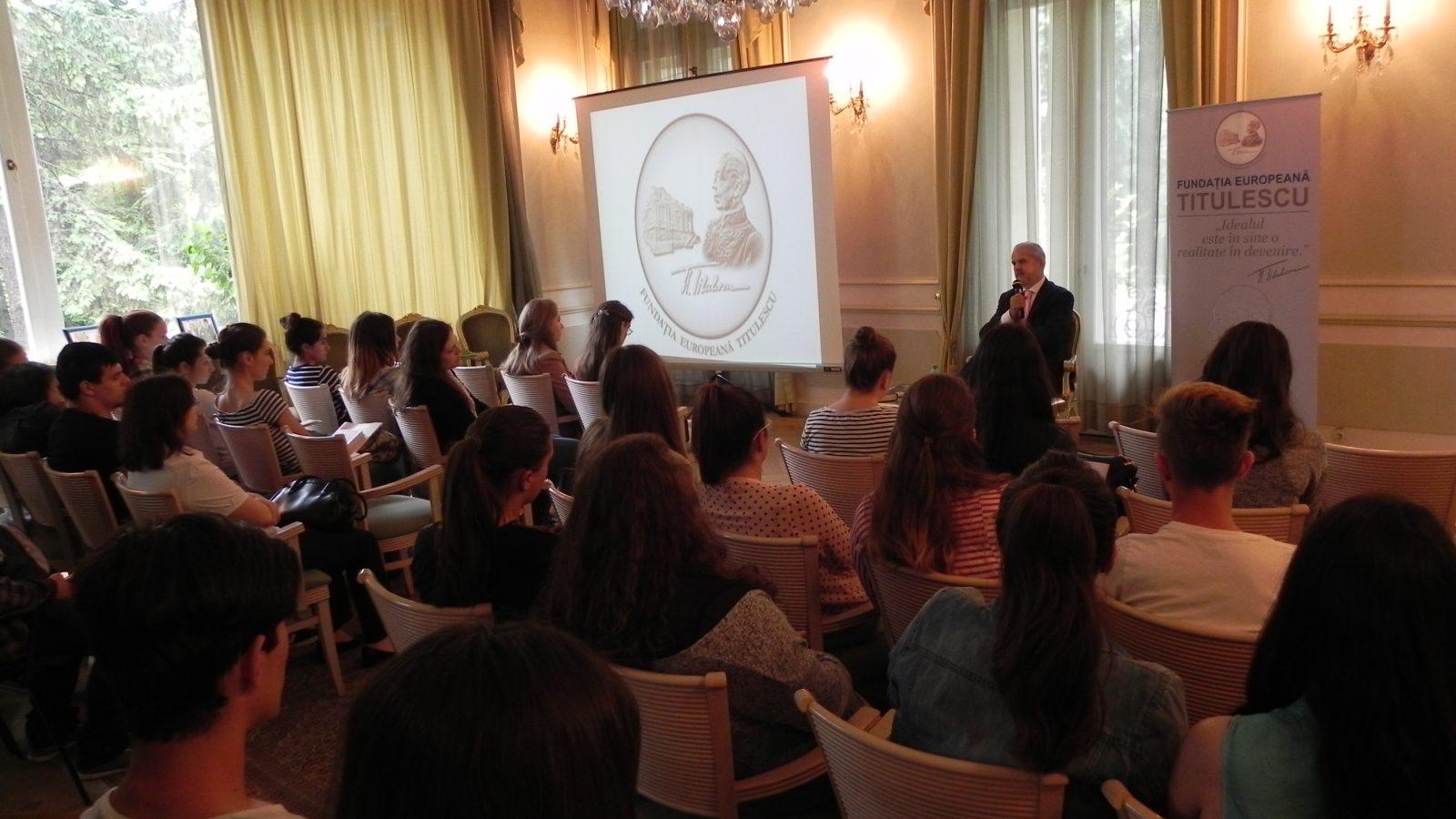 """Vizita elevilor de la Colegiul Național """"Octav Onicescu"""""""