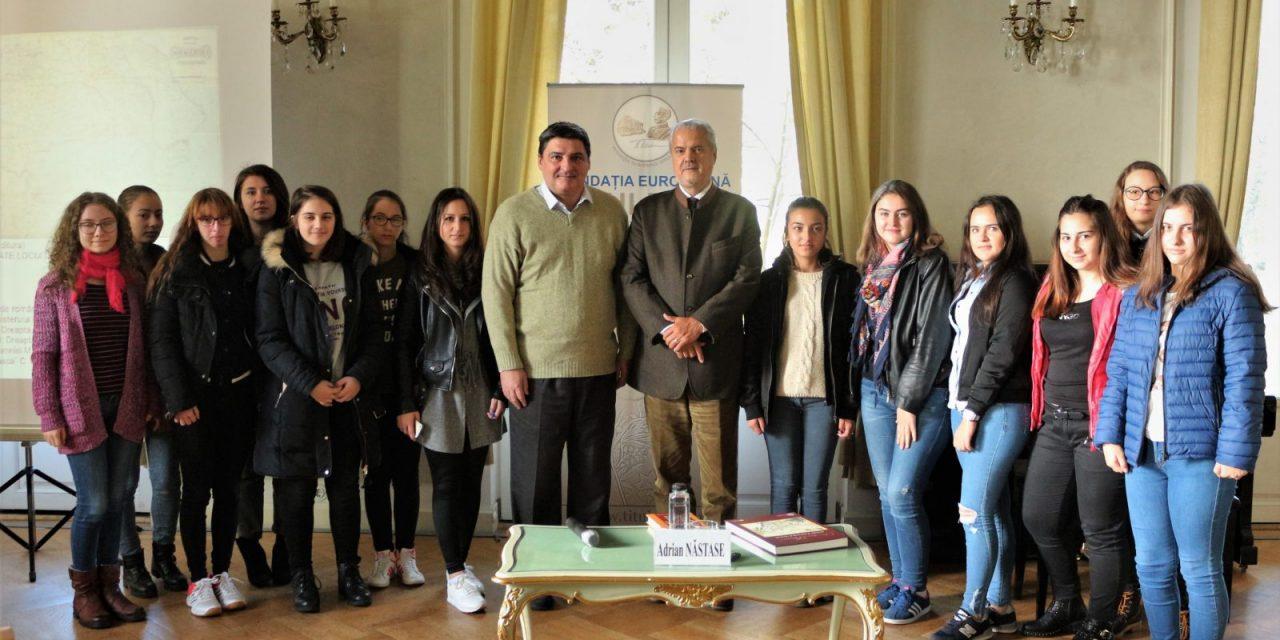 """Vizita elevilor de la Colegiul Național """"Octav Onicescu"""" din București."""